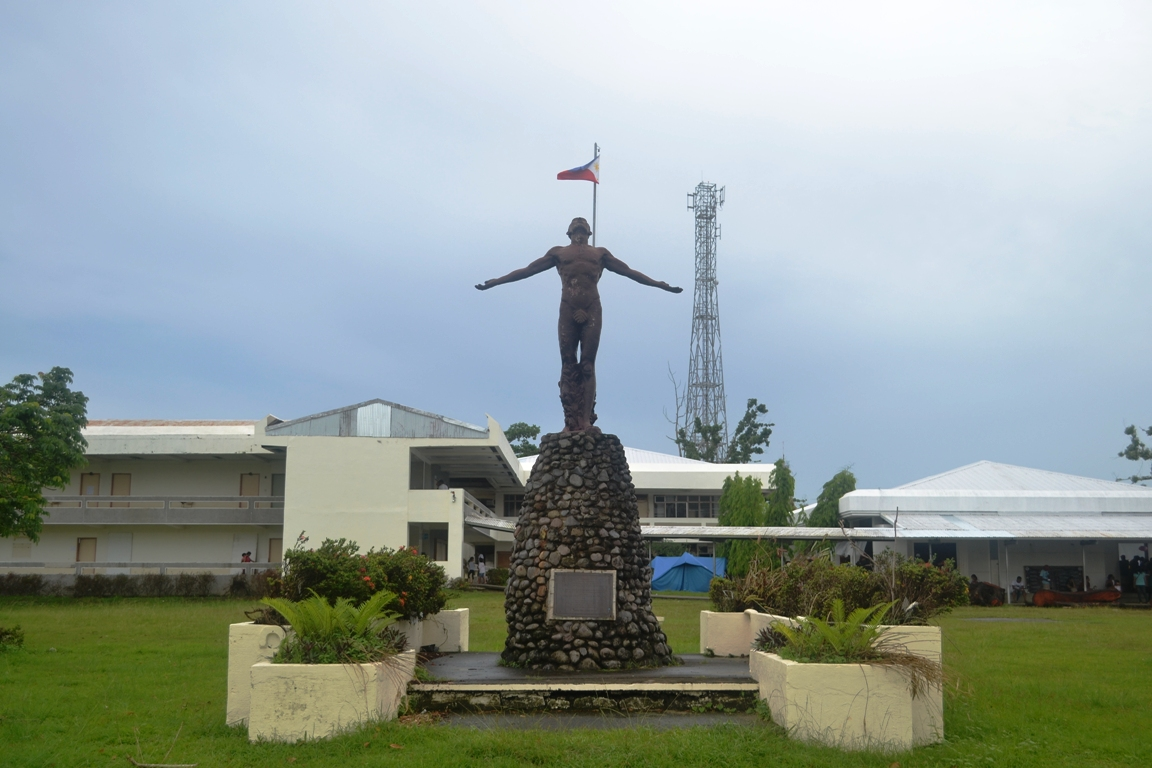 UP Tacloban oblation